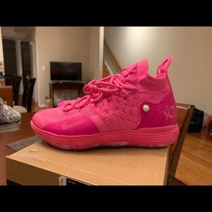 Nike Shoes - Nike KD 11 Aunt Pearl